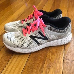 New Balance 520v3 comfortride running sneakers 8.5